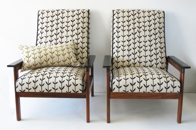 Orla-armchair-twins2