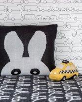 jam-black-bunny-taxi