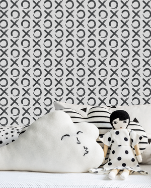 xo-love-wall-paper-doll-black-white